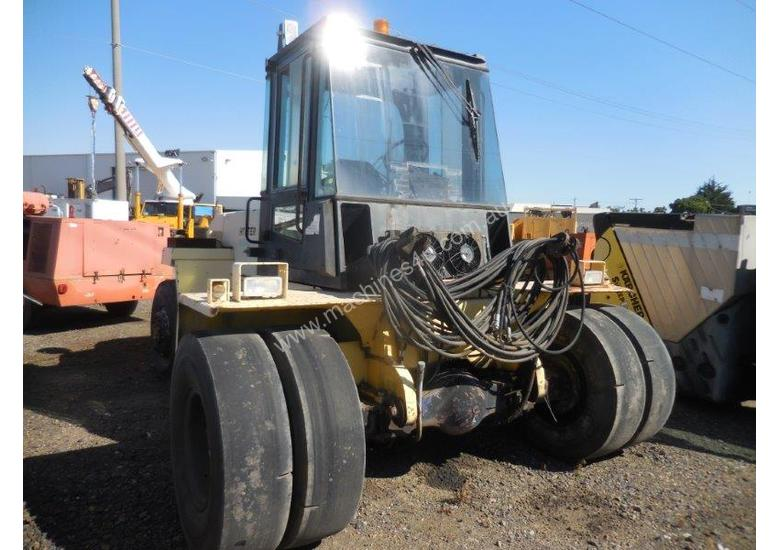 HYSTER H12.00-12EC 7 TON CONTAINER HANDLER
