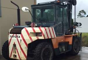 2010 Toyota 10 Tonne Forklift - Coffs Harbour NSW