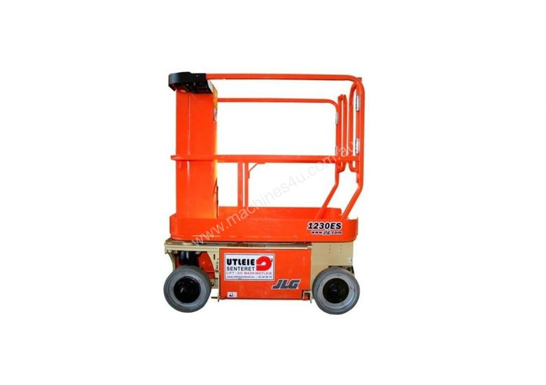 Hire jlg vertical man lift 3 7m 12ft electric jlg for Motorized vertical tv lift