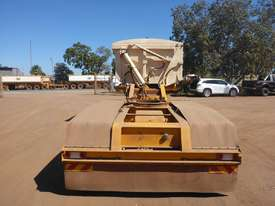 2013 GTE TRi Axle Side Tipping A  Trailer AUCTION - picture3' - Click to enlarge