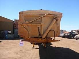 2013 GTE TRi Axle Side Tipping A  Trailer AUCTION - picture6' - Click to enlarge