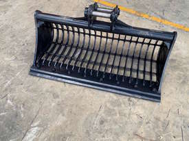 SIEVE BUCKET 5 TONNE  SYDNEY BUCKETS - picture1' - Click to enlarge