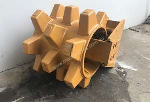 COMPACTION WHEEL 5 TONNE SYDNEY BUCKETS