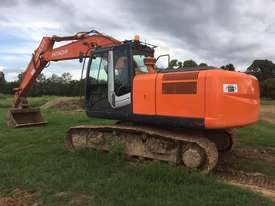 2007 Hitachi ZX 200-3, 20 Ton Excavator - picture2' - Click to enlarge