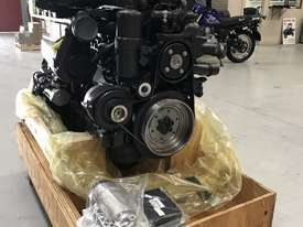 Mercedes-Benz OM926LA 325HP (240kW) Diesel Engine  - picture0' - Click to enlarge
