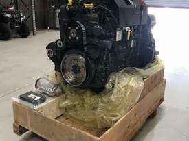Mercedes-Benz OM926LA 325HP (240kW) Diesel Engine  - picture2' - Click to enlarge