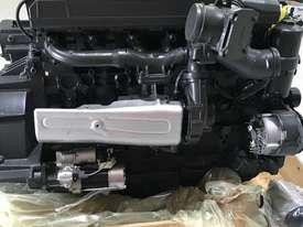 Mercedes-Benz OM926LA 325HP (240kW) Diesel Engine  - picture6' - Click to enlarge