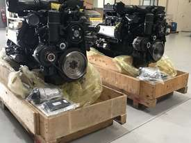 Mercedes-Benz OM926LA 325HP (240kW) Diesel Engine  - picture18' - Click to enlarge