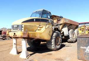 2002 Caterpillar 740 Articulated 6WD Dump Truck *DISMANTLING*