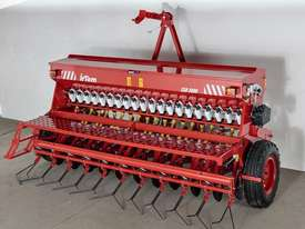 2018 IRTEM CSD 3000 SINGLE DISC SEED DRILL (3.0M) - picture2' - Click to enlarge