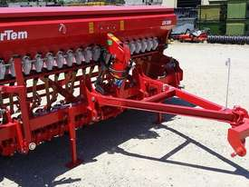 2018 IRTEM CSD 3000 SINGLE DISC SEED DRILL (3.0M) - picture17' - Click to enlarge