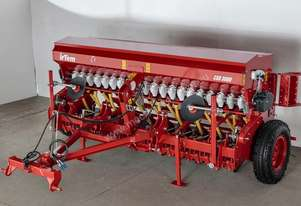 IRTEM CSD 3000 TRAILING 2.8M SINGLE DISC SEED DRILL