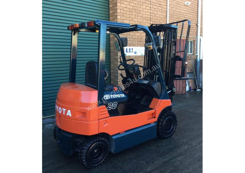 Four Wheel Electric Toyota Forklift