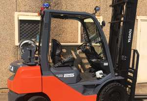 TOYOTA FORKLIFT CURRENT SERIES