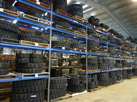 Bobcat 322, 323, 325 Mini-Excavator Rubber Tracks - picture0' - Click to enlarge