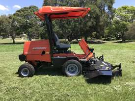 JACOBSEN TURFCAT 628D 4WD OUTFRONT - picture0' - Click to enlarge