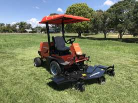 JACOBSEN TURFCAT 628D 4WD OUTFRONT - picture1' - Click to enlarge