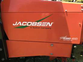 JACOBSEN TURFCAT 628D 4WD OUTFRONT - picture3' - Click to enlarge