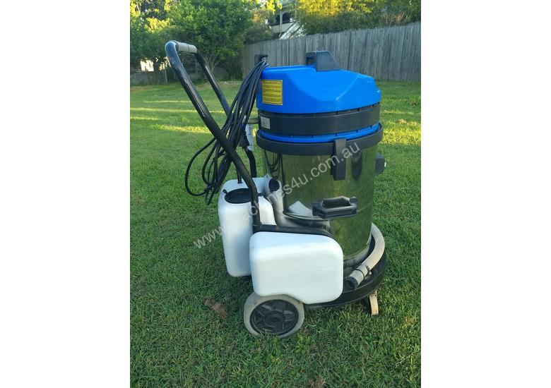 Kerrick Riviera hot water extraction carpet cleaning machine
