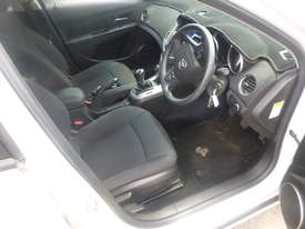 2012 Holden Cruze Hatch Back - In Auction - picture10' - Click to enlarge