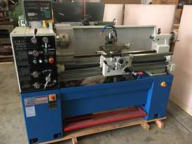 Used Metalmaster AL-1000 Centre Lathe - picture0' - Click to enlarge