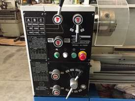 Used Metalmaster AL-1000 Centre Lathe - picture2' - Click to enlarge