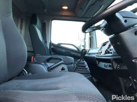 2012 Hino 500-GT 1322 - picture9' - Click to enlarge