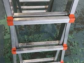 Waku Transformer Ladder Compact Telescopic Extension Double Sided Industrial 120kg - picture2' - Click to enlarge