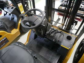 CAT 1.8T LPG Forklift GP18N - End of Financial Year Sale! - picture6' - Click to enlarge