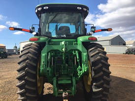 John Deere 8335R FWA/4WD Tractor - picture2' - Click to enlarge