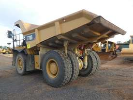 Caterpillar 770G Dump Truck - picture2' - Click to enlarge