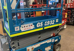 Genie Ex-Rental 19FT Scissor Lifts