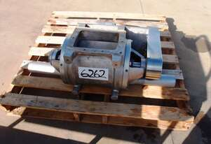 Blow Through Rotary Valve, IN/OUT: 225mm L x 150mm W