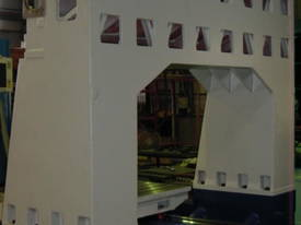 Eumach LBM High Speed Vertical Machining Centre - picture9' - Click to enlarge