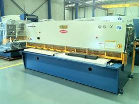 PRESSBRAKE & GUILLOTINE COMBO - BEST PRICES - picture0' - Click to enlarge