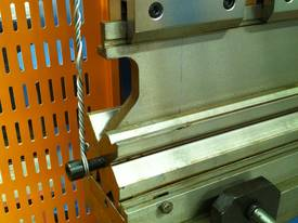 PRESSBRAKE & GUILLOTINE COMBO - BEST PRICES - picture14' - Click to enlarge