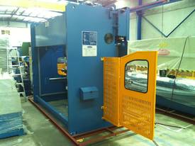 PRESSBRAKE & GUILLOTINE COMBO - BEST PRICES - picture12' - Click to enlarge