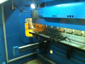 PRESSBRAKE & GUILLOTINE COMBO - BEST PRICES - picture9' - Click to enlarge