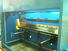 PRESSBRAKE & GUILLOTINE COMBO - BEST PRICES - picture17' - Click to enlarge