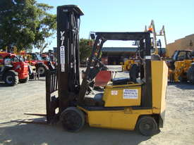 Used Yale Narrow Isle Compact Forklift - picture2' - Click to enlarge