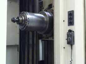 OKUMA Space MA500HB - picture2' - Click to enlarge