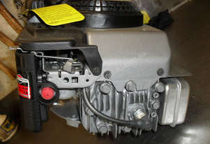 BRIGGS & STRATTON 625 SERIES 5hp ENGINE
