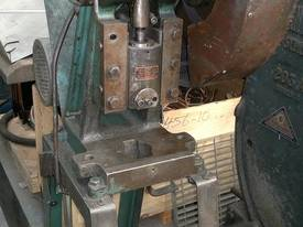 Fred Milnes & Co 2.5T Mechanical C Frame Press - picture1' - Click to enlarge