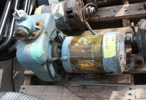 Self priming pump 1 1/2