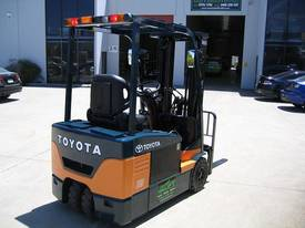 TOYOTA 7FBE18 with NEW TYRES and NEW PAINT - picture3' - Click to enlarge