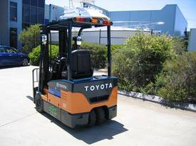 TOYOTA 7FBE18 with NEW TYRES and NEW PAINT - picture4' - Click to enlarge