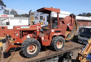 ditch witch 8020 rocksaw , 2000 model , 760hrs ,