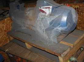 KSB CENTRIFUGAL PUMP 5.5kw, 415V  - picture2' - Click to enlarge