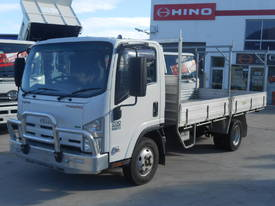 2013 Isuzu NPR200 Trade Pack ** Low KMS **