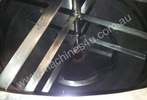 Chocolate Tanks 2.5 ton Stainless Steel Jacketed